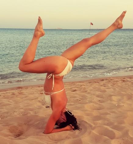 yoga forearmstand