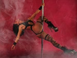 Queen V Poledancer Exopole Polesport in berlin