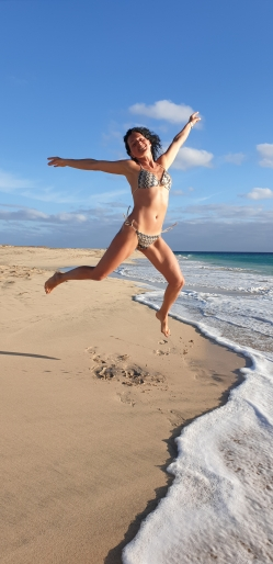 On the beach Bikini Model