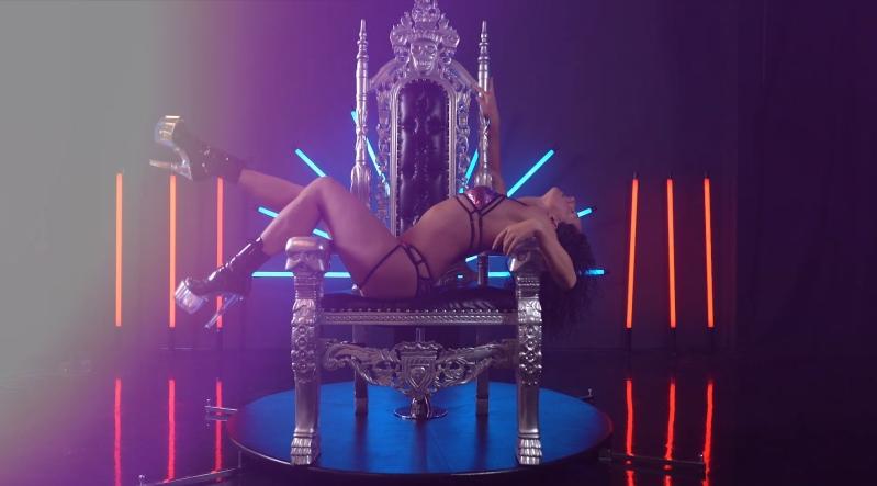 Exsotic Poledance Chair dance