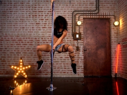 Urban Poledance